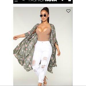 Fashion nova kimono small